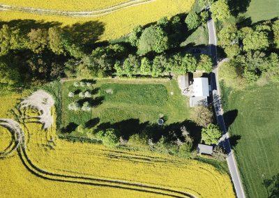 Das Bahnwärterhaus mit großem Garten
